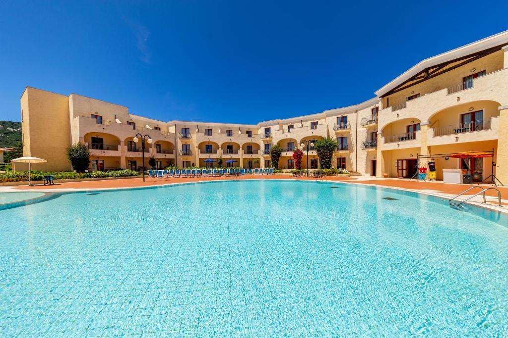 Blu Hotel Morisco Village 4*