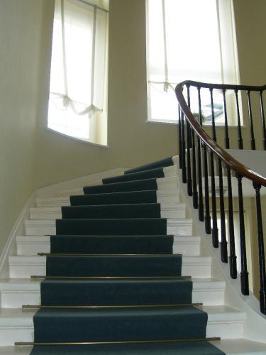 Lépcsőház (2)